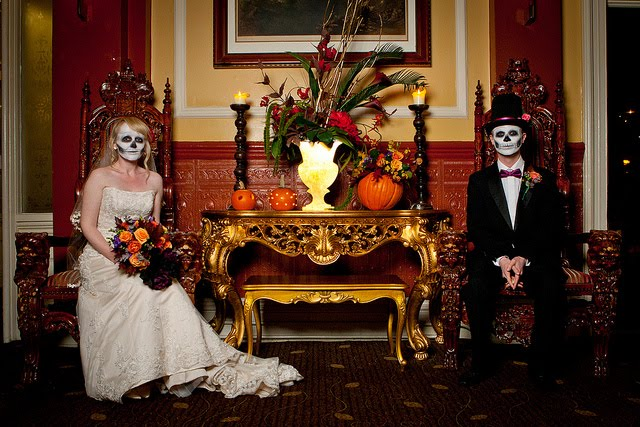 ハロウィン結婚式の花嫁ドレスはどうする?演出やケーキ選びにもこだわろう!