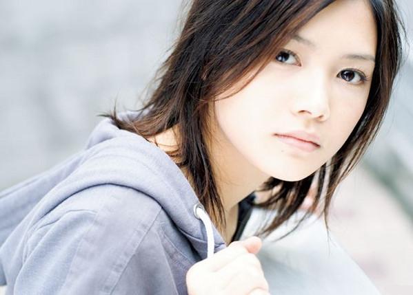 Yui (歌手)の画像 p1_21