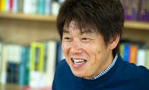 レッド吉田はとんねるずと不仲なのか?韓国人という噂についても調べてみた!